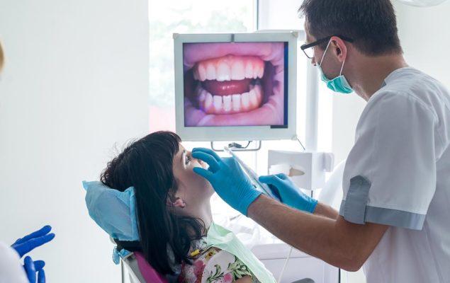 Clinique dentaire à Istanbul